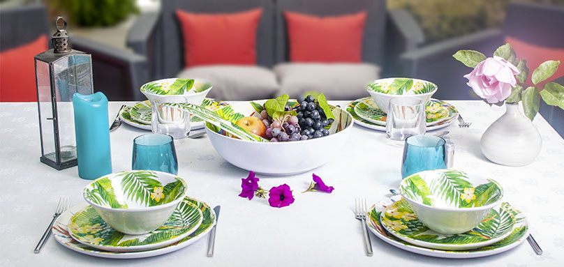 unbreakable tableware collection with melamine floral motifs