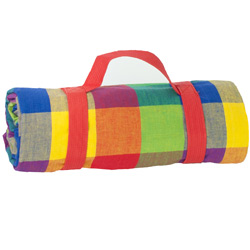 Multicolor Picnic Blanket with waterproof backing (140 x 140 cm)