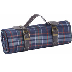 Blue Scottish tartan blanket for picnic (160x135 cm)