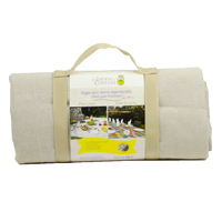 Beige picnic blanket with waterproof backing (280x140cm)