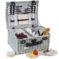 Castelnaud Picnic Hamper for 4 people