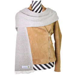 Women's stole/pashmina in Chestnut diamond pattern