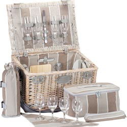 Picnic basket for 4. Polo Club